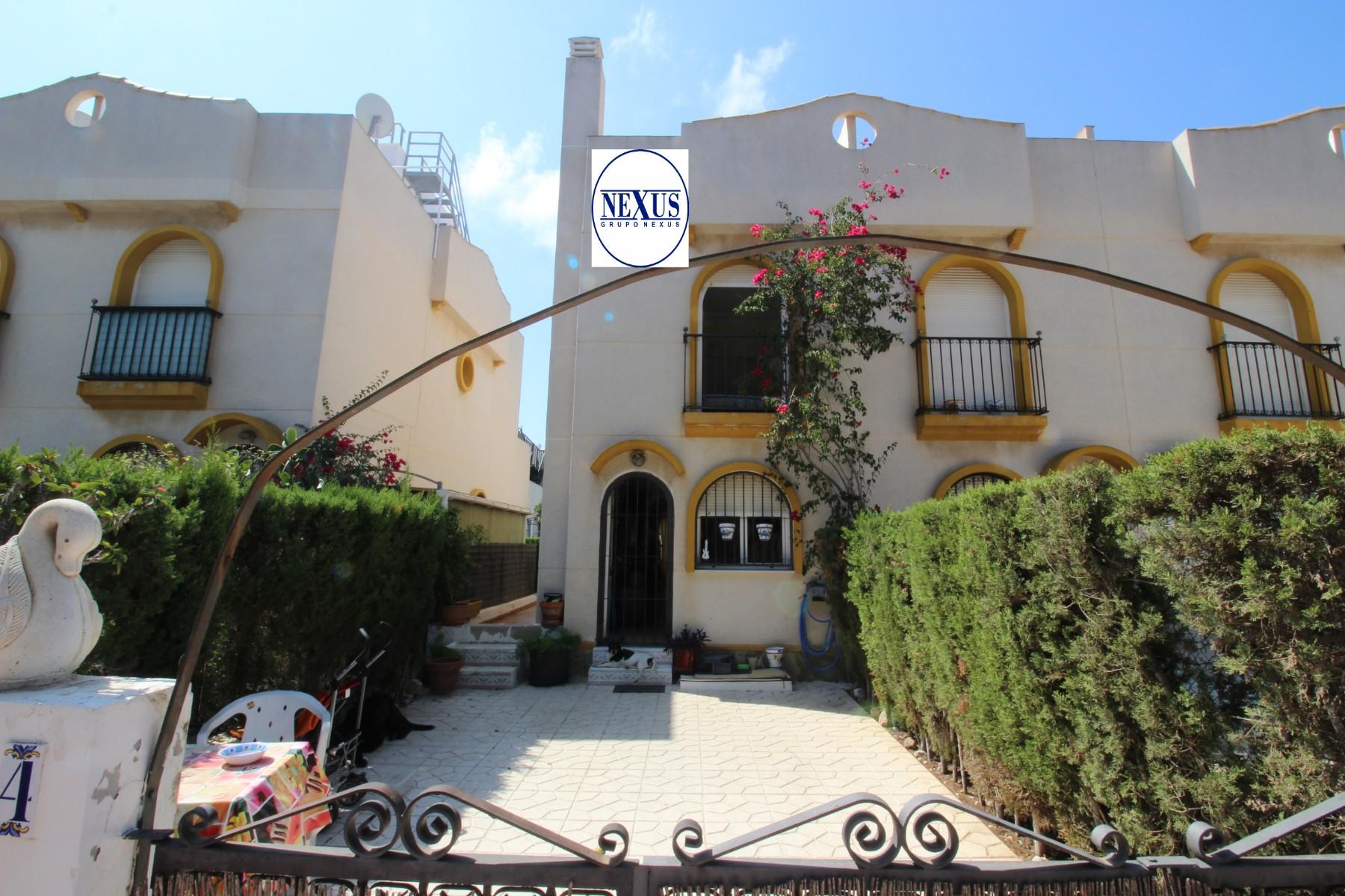 Grupo Nexus Real Estate Rent terraced house with large terraces. in Nexus Grupo