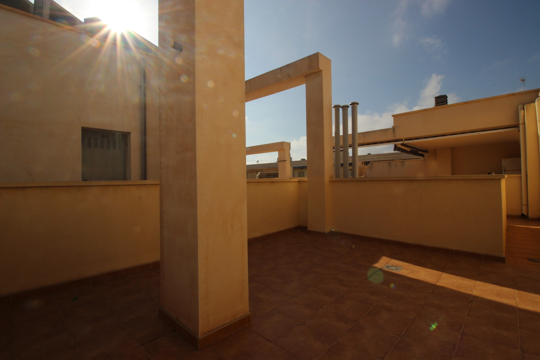 Duplex penhouse close to La Roqueta beach in Nexus Grupo
