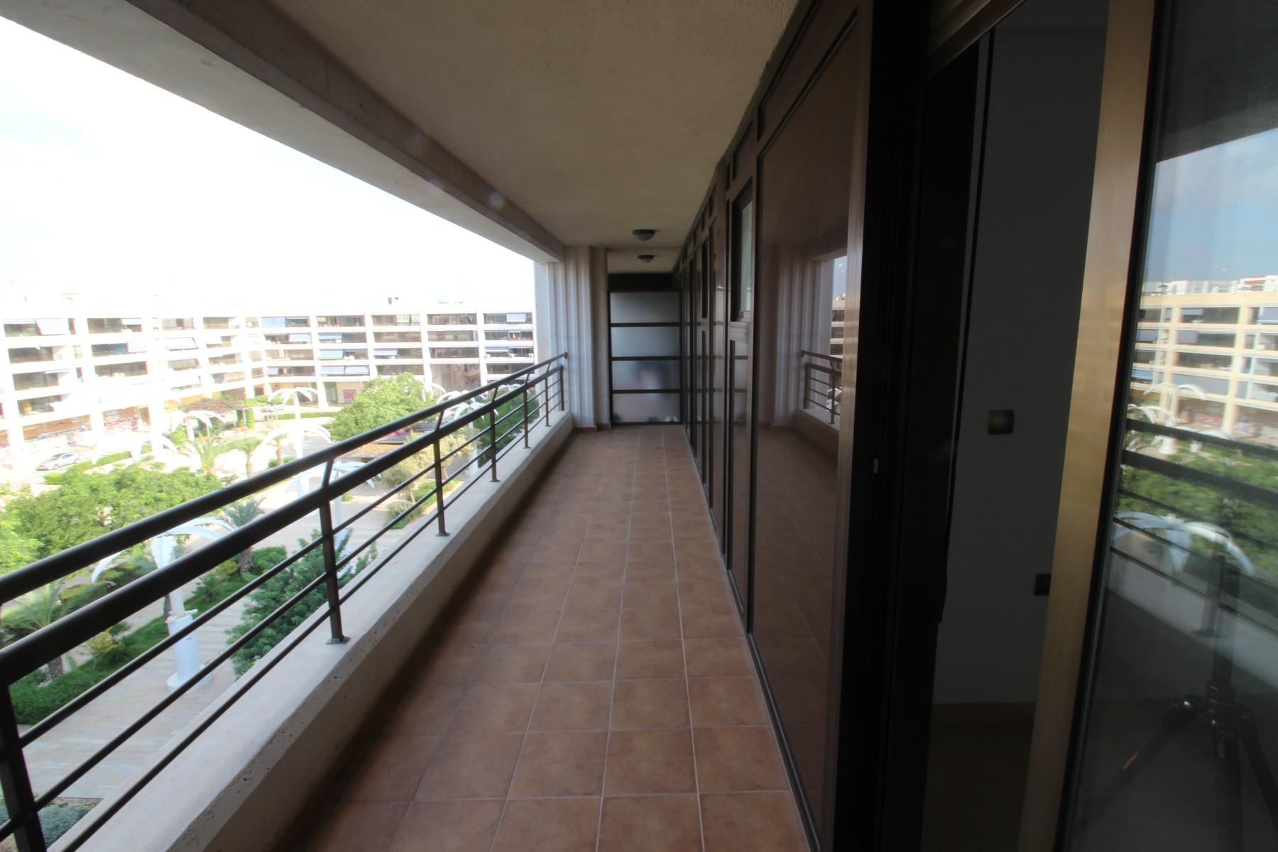 Inmobiliaria Grupo Nexus, sells brand new excellent penthouse in Nexus Grupo