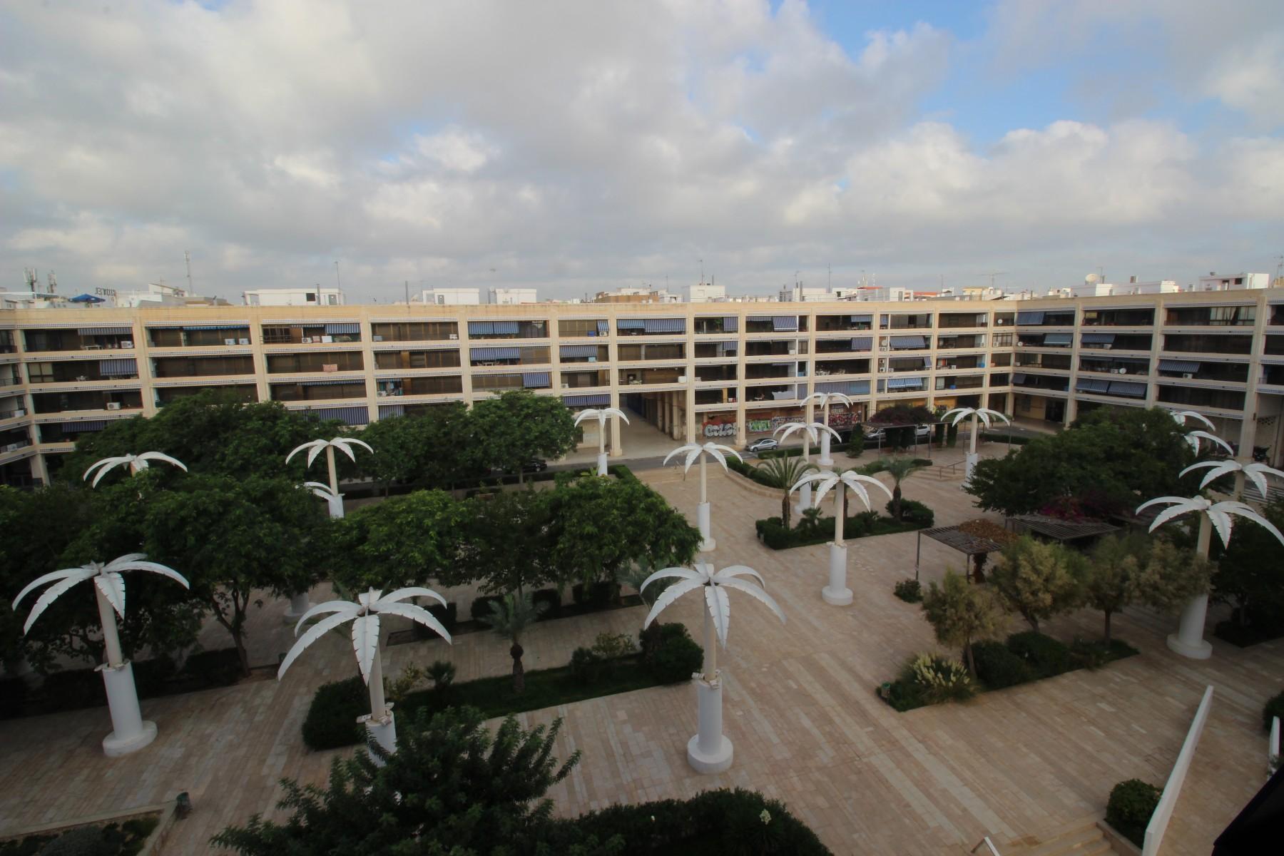 Ático dúplex en la Plaza Porticada de Guardamar del Segrua in Nexus Grupo