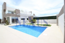New build - Independent villa - El Raso