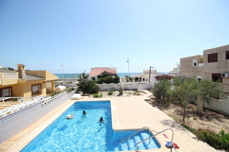 VILLA - GUARDAMAR DEL SEGURA - COSTA BLANCA in Nexus Grupo